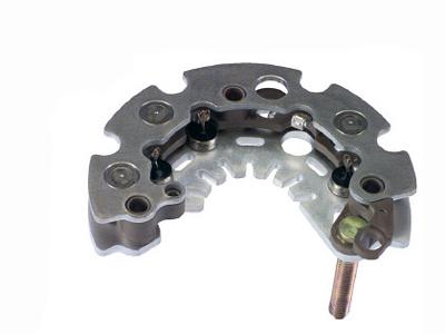 首页 产品展示 汽车发电机整流器 magneti marelli 系列 ixr642